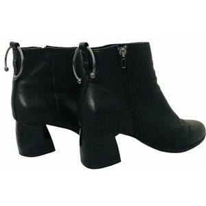 Jaggar Black Leather Ankle Boots Bull Ring 9